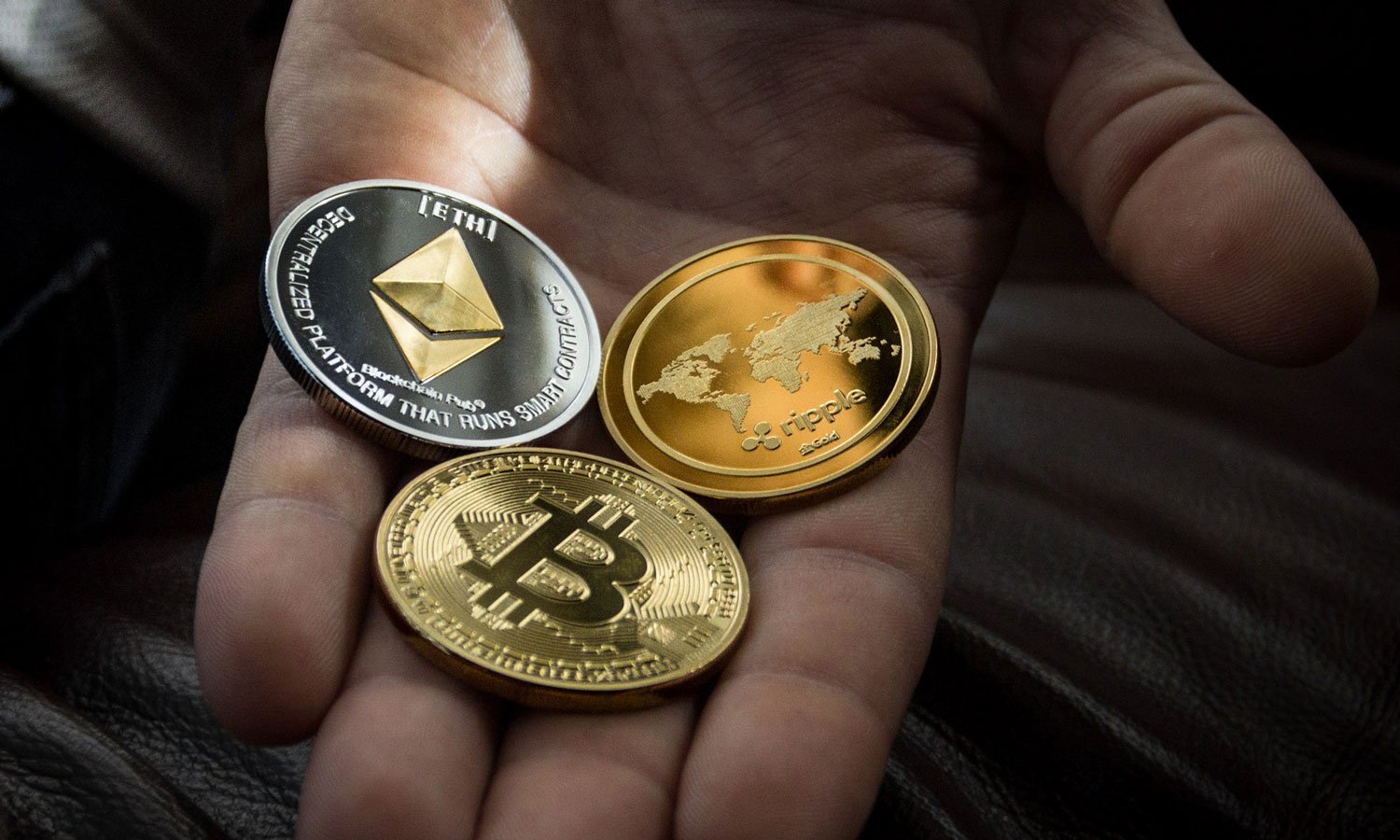 Altcoins vs. bitcoin: What to consider while building your crypto portfolio